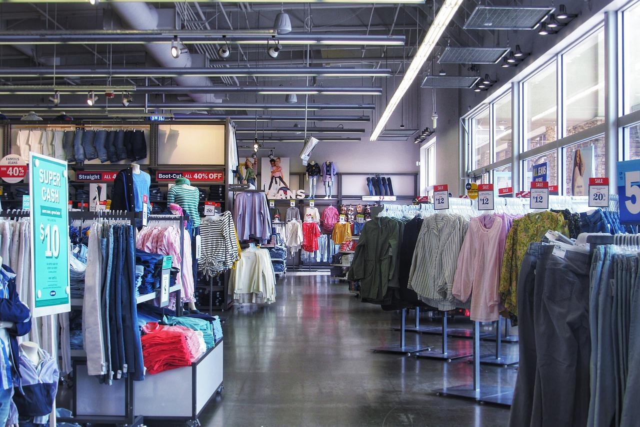 ahorrar al comprar ropa femenina